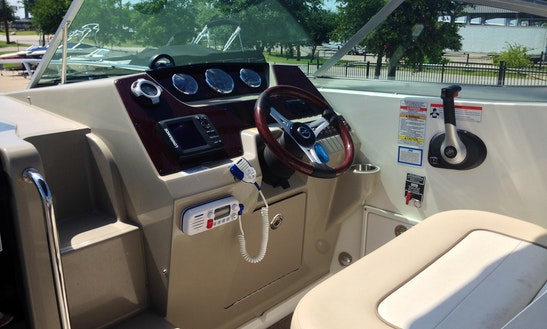 Motor Yacht For Rent In Lewisville