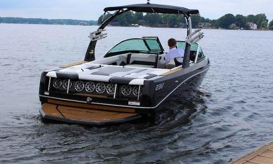 23' Epic 23v Wakeboat  Rental In Seattle, Washington