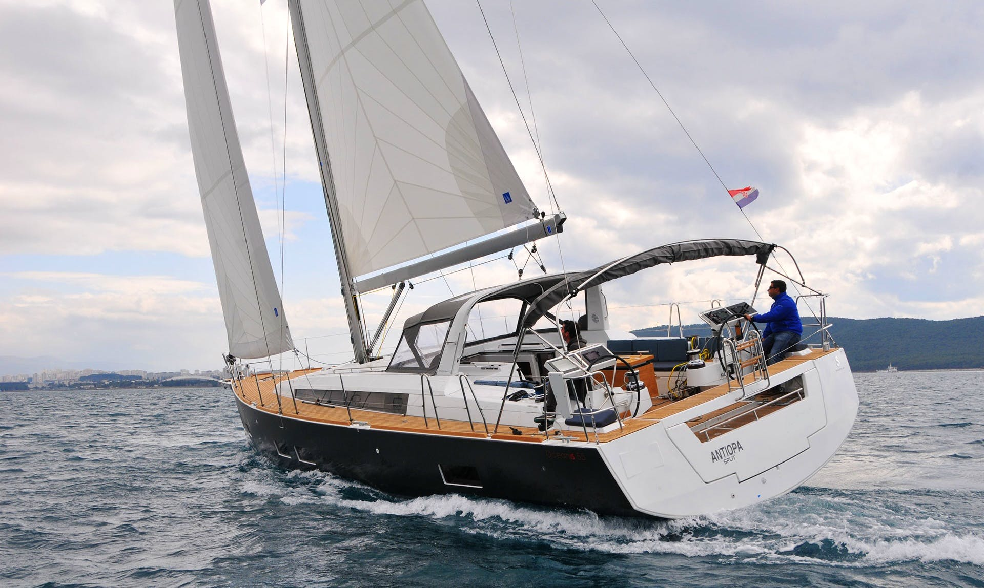 Charter Beneteau Oceanis 55 Crusing Monohull in Zagreba, Croatia