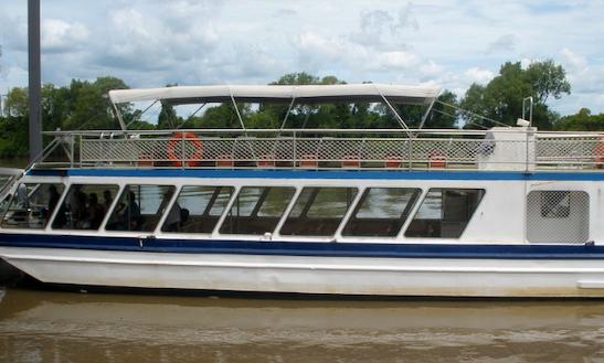 Charter Adelaide River Queen Ii Canal Boat In Winnellie, Australia