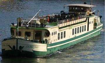Charter a La Sans Souci Canal Boat in Paris, France