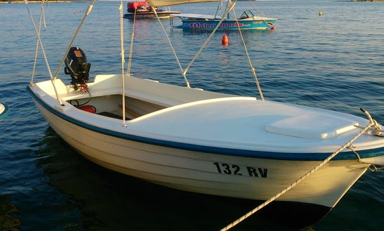 Rent 15' Pasara Dinghy In Pula, Istarska županija