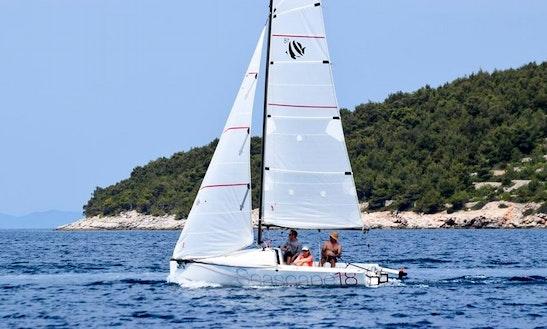 Rent 18' Seascape 18 Daysailer In Jezera, Croatia