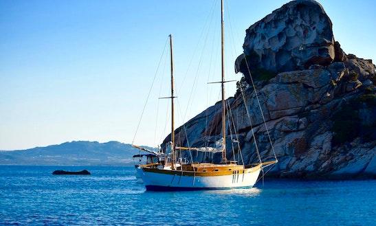 Charter Dragut Gulet In Palau, Sardegna