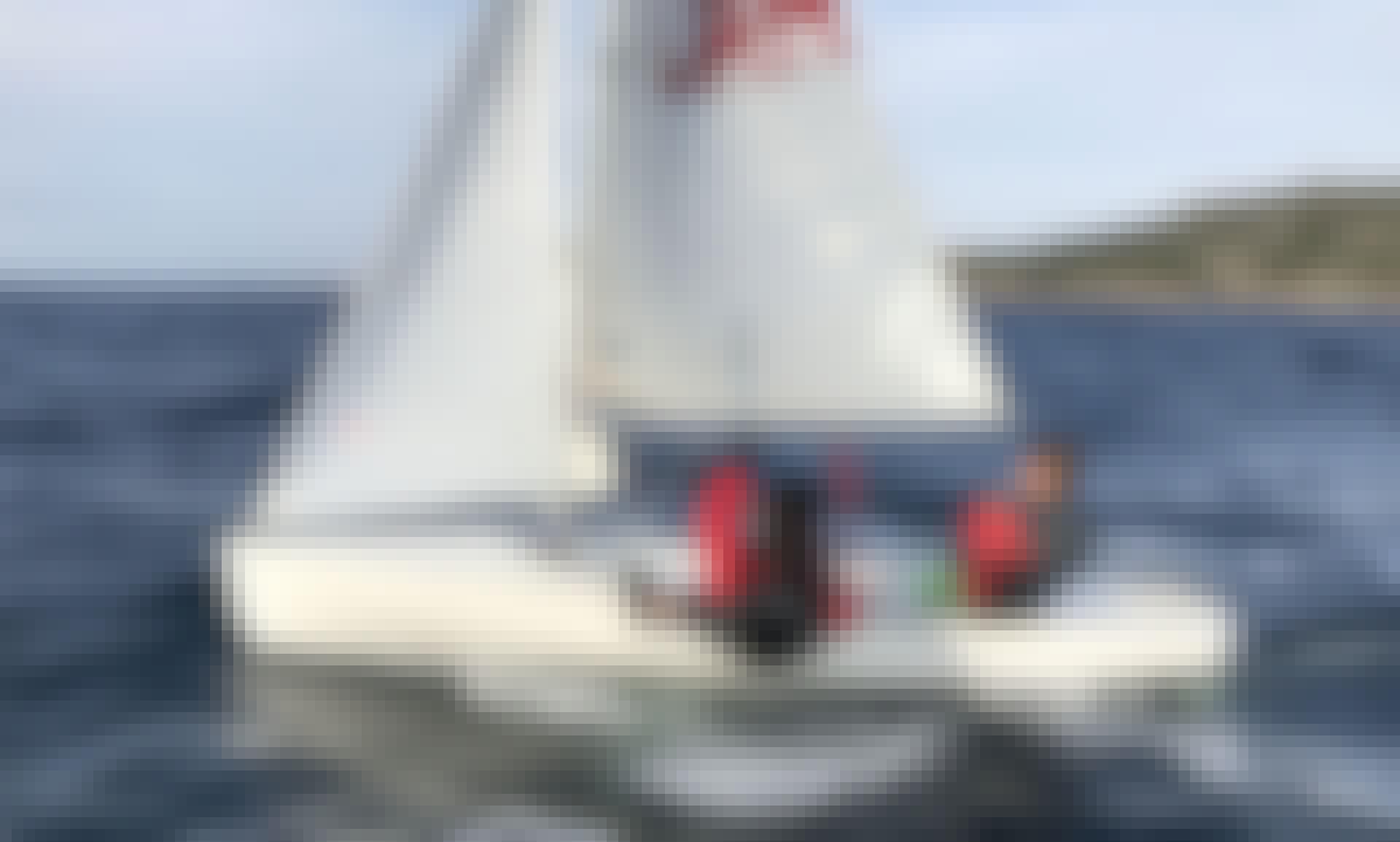 Rent 13' Sailing Dinghy in Porto Pollo, Sardegna