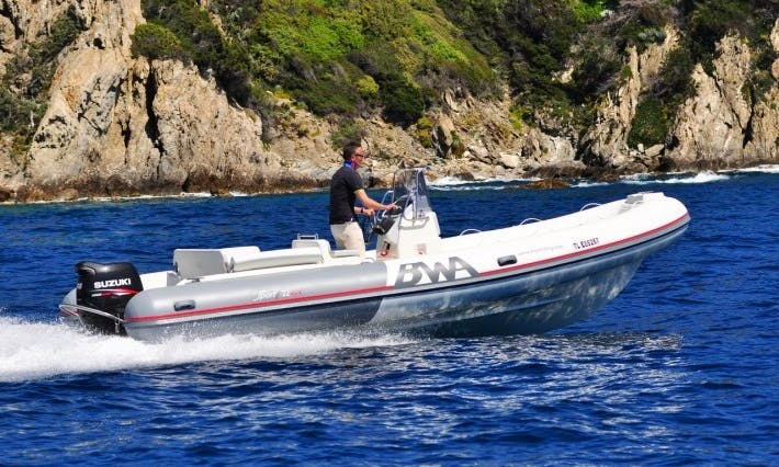 Explore Toulon, France - Rent this 22' Rigid Inflatable Boat!