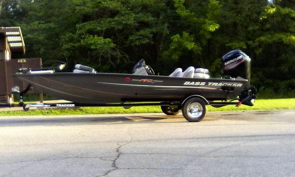 Bass Boat fishing charter in Bloomington