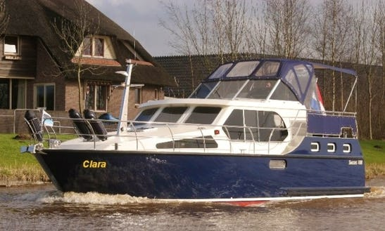 Charter 35' Clara 108 Ultra New Line Motor Yacht In Rheinsberg, Germany