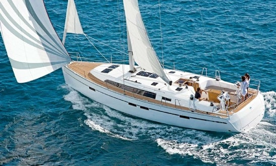 Charter 47' Bavaria Cruising Monohull In Piombino, Toscana
