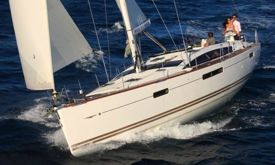 Sailing Charter On 52ft