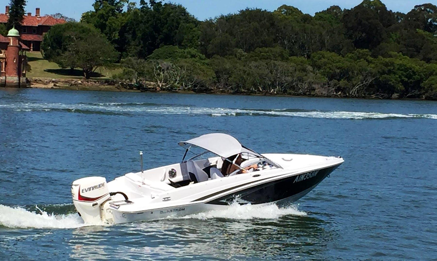 Rent 16' Bowrider in Putney, Australia