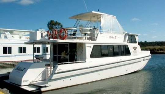 Charter 46' Relax 2 Cruiser Houseboat In Wisemans Ferry, New South Wales