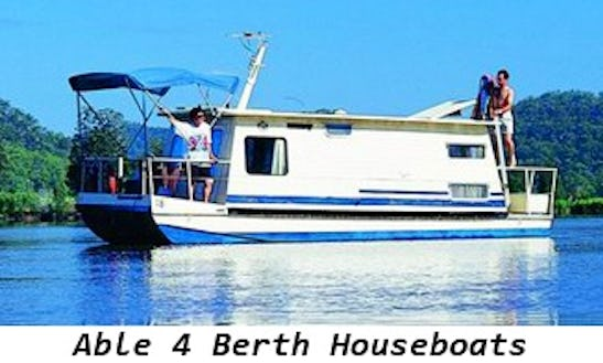 Hire 26' Aquavan Houseboat In Wisemans Ferry, New South Wales