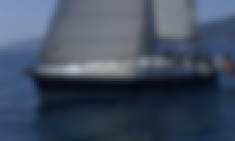 Charter 41' Hanse Cruising Monohull in Rio Marina, Toscana