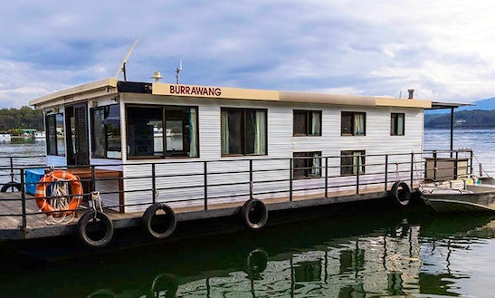 'burrawang' Standard Houseboat Hire In Clyde River