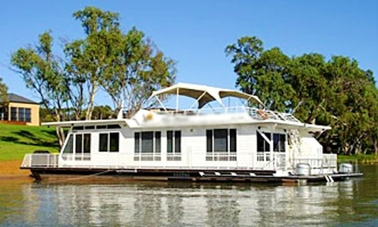 'dove' Houseboat Hire In Murray Bridge