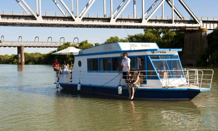 'River Wren-2' Houseboat Hire in Murray Bridge