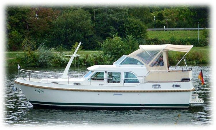 Charter 31' Dolphin Linssen AC 29.9 Motor Yacht in Saarlouis, Germany