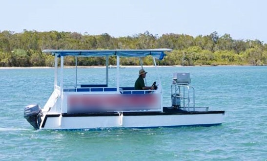 Hire A Bbq Pontoon With Captain For 8 Person In Noosaville, Queensland