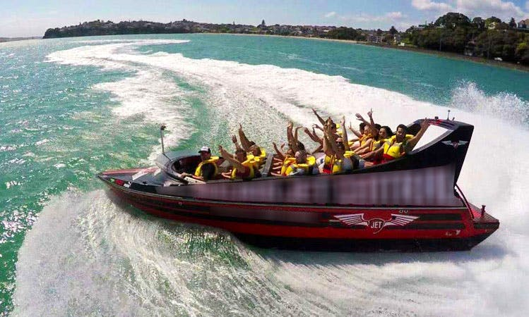 Jet Boat Rides in Auckland, New Zealand