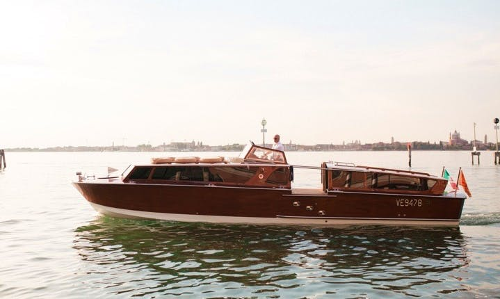 A Classic Boat Great For Seeing all Of Venezia By Water