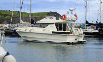 Brichwood 37 Supersports Motor Yacht for rent in Horta, Portugal