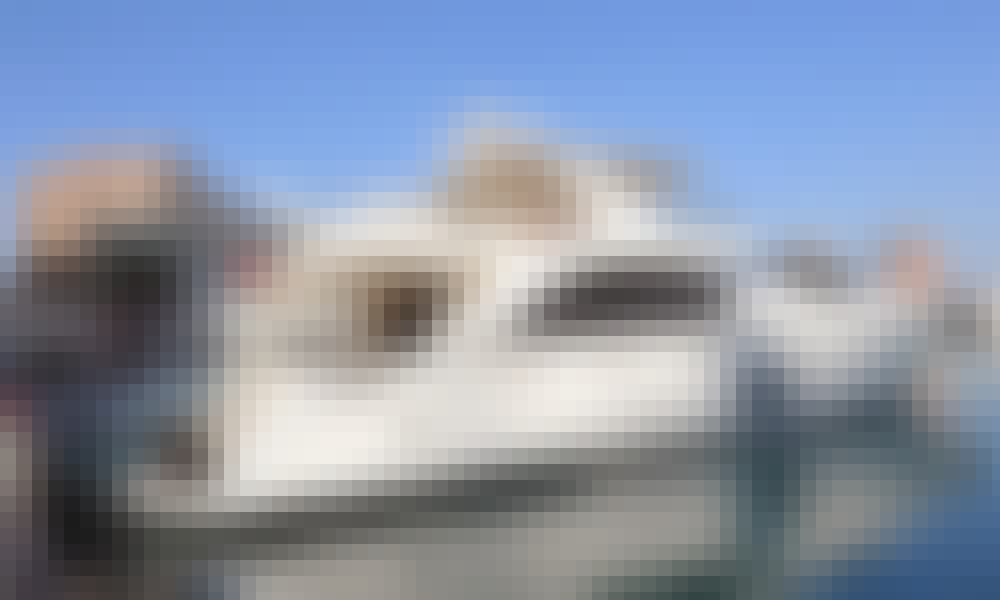 Charter 88' Azimut 85 Power Mega Yacht in Doha, Qatar