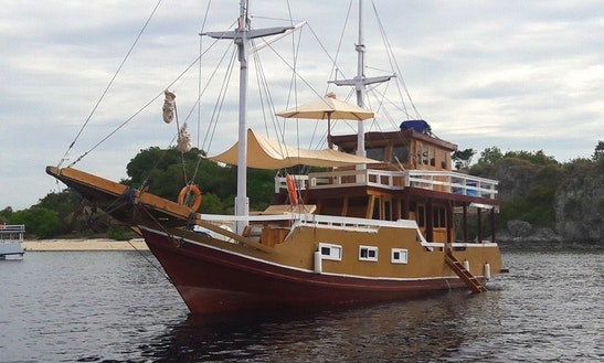 Komodo - Snorkeling Liveaboard With Clavalia