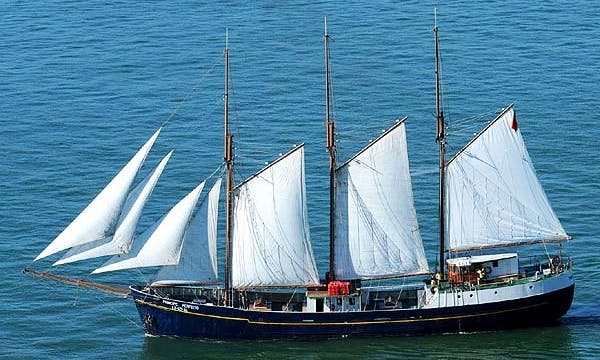 Charter a Talll Ship Classic Yacht in Lisboa, Portugal