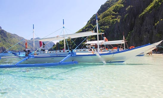 Guided Tour In El Nido, Philippines On A Traditional Boat