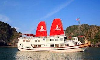 "Cruise on ""Sea Legend"" From Thành phố Hạ Long, Vietnam"