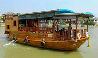 See the Temples on our River Cruise in Ayutthaya, Thailand