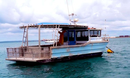 Enjoy Fishing For Up To 10 People With A Head Boat Fishing Charter In Nhulunbuy, Australia