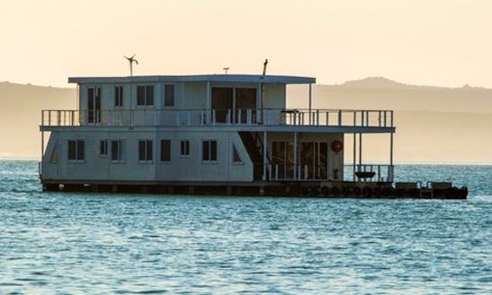 Live In The Water The Nirvana Houseboat In West Coast Dc, Western Cape