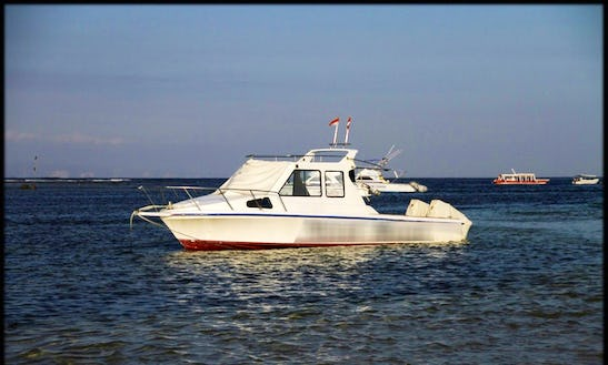 Enjoy Fishing In Denpasar, Bali On 31' On Cuddy Cabin