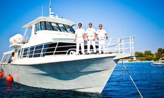 Speedboat Trips For 40 Person From Bali And The Lombok/gili Island, Indonesia