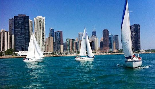 32' Cruising Monohull Charter In Chicago, Illinois