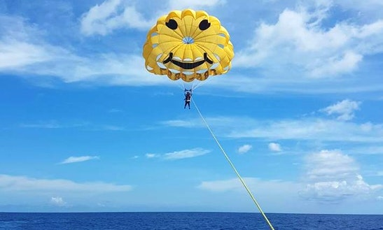 Enjoy Parasailing In Hagåtña, Guam