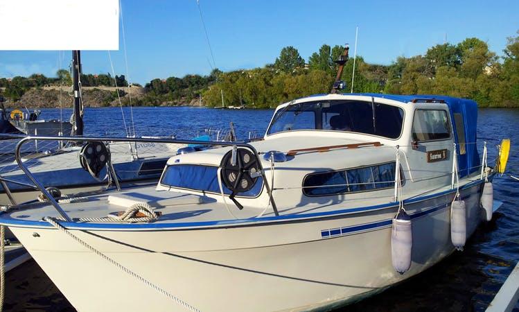 Motor Yacht Boat Rental at Göta Canal Sweden