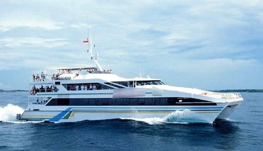Lembongan Beach Cruise Aboard