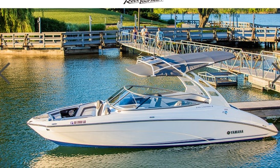 2016 Yamaha 24' Speed Boat For Rent In Dana Point. Enjoy This Brand New Boat, Cruise The Harbor And Watch The Sunset