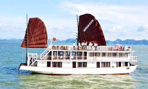 Charter 92' Annam Junk 5 Cabins in Thành phố Hạ Long, Vietnam