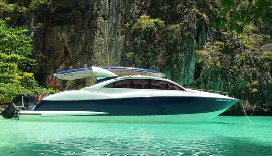 Motor Yacht For Rent In Столичный ампхе Пхукет