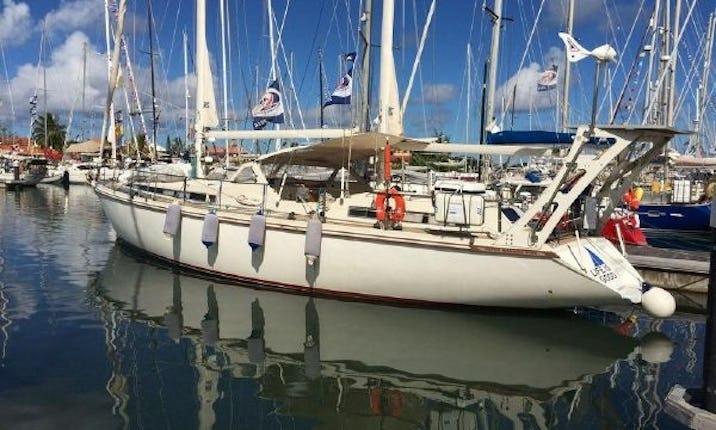 Cruising 53 ft Luxury Sailing Yacht in Chesapeake Bay