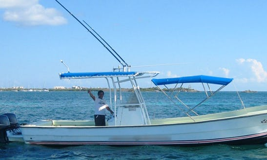 29' Center Console Fishing Charters In Isla Mujeres, Mexico