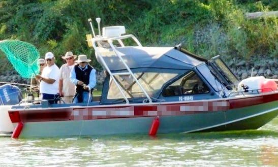 Rancho Cordova Fishing Charter On 21ft North River Seahawk Boat