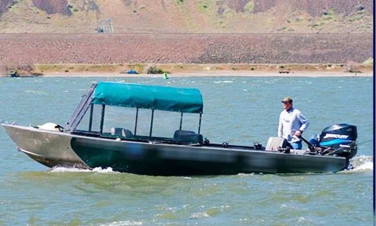 Guided Fishing Trips on the Columbia River in Oregon