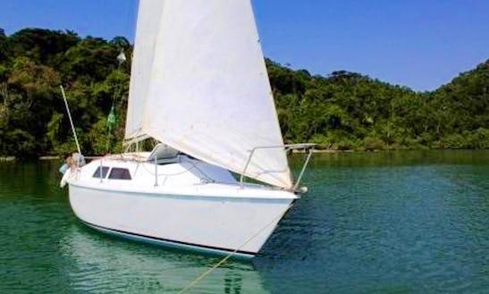 27' Cruising Monohull Charter In Paraty, Brazil