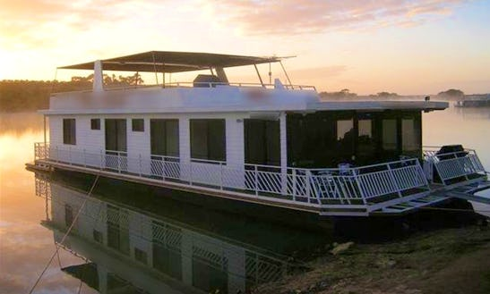 Hire A Houseboat In Younghusband, Australia