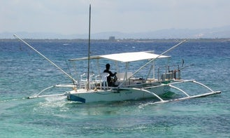 Enjoy Fishing in Lapu-Lapu City, Philippines on Traditional Boat
